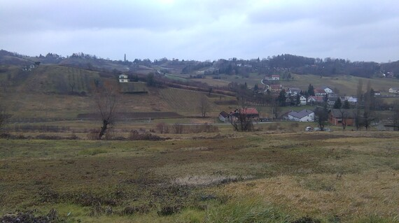 Sveta Jana, građevinsko zemljište s gospodarskim zgradama
