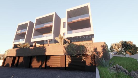 Vodice, moderna zgrada s devet luksuznih stanova, pogled, li